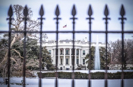 La carrera a la Casa Blanca y a la espera de BANXICO